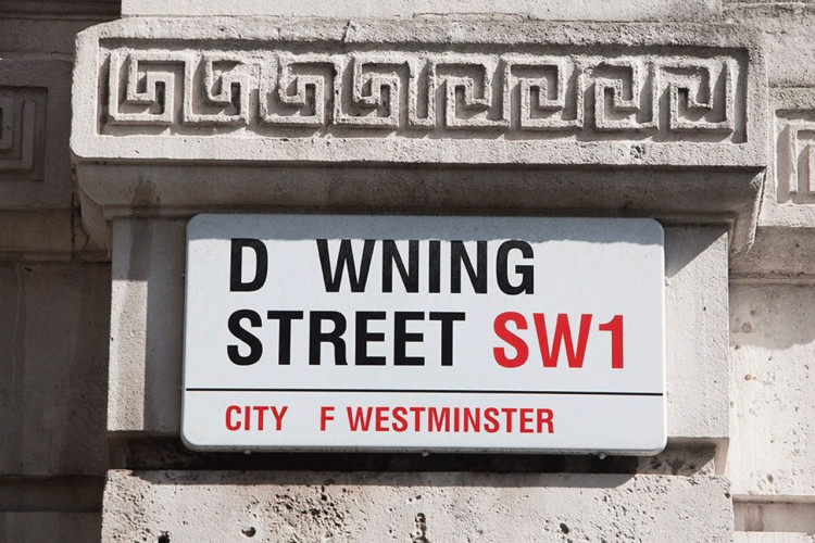 Downing-Street-sign-Missing-Type-2social